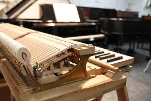 gebrauchte Klaviere und Flügel