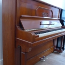 günstiges Klavier älteren Baujahrs