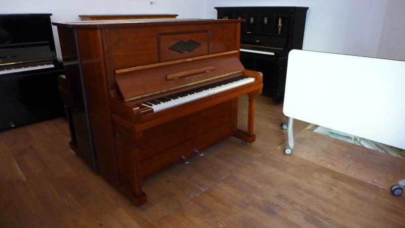 Klavier_foerster_poliert