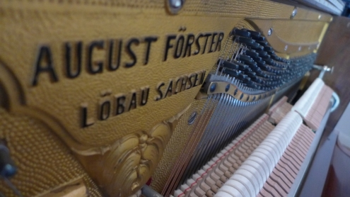 piano_used_August_foerster