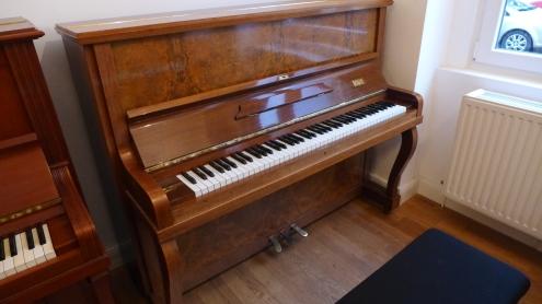 piano_neupert_gebraucht