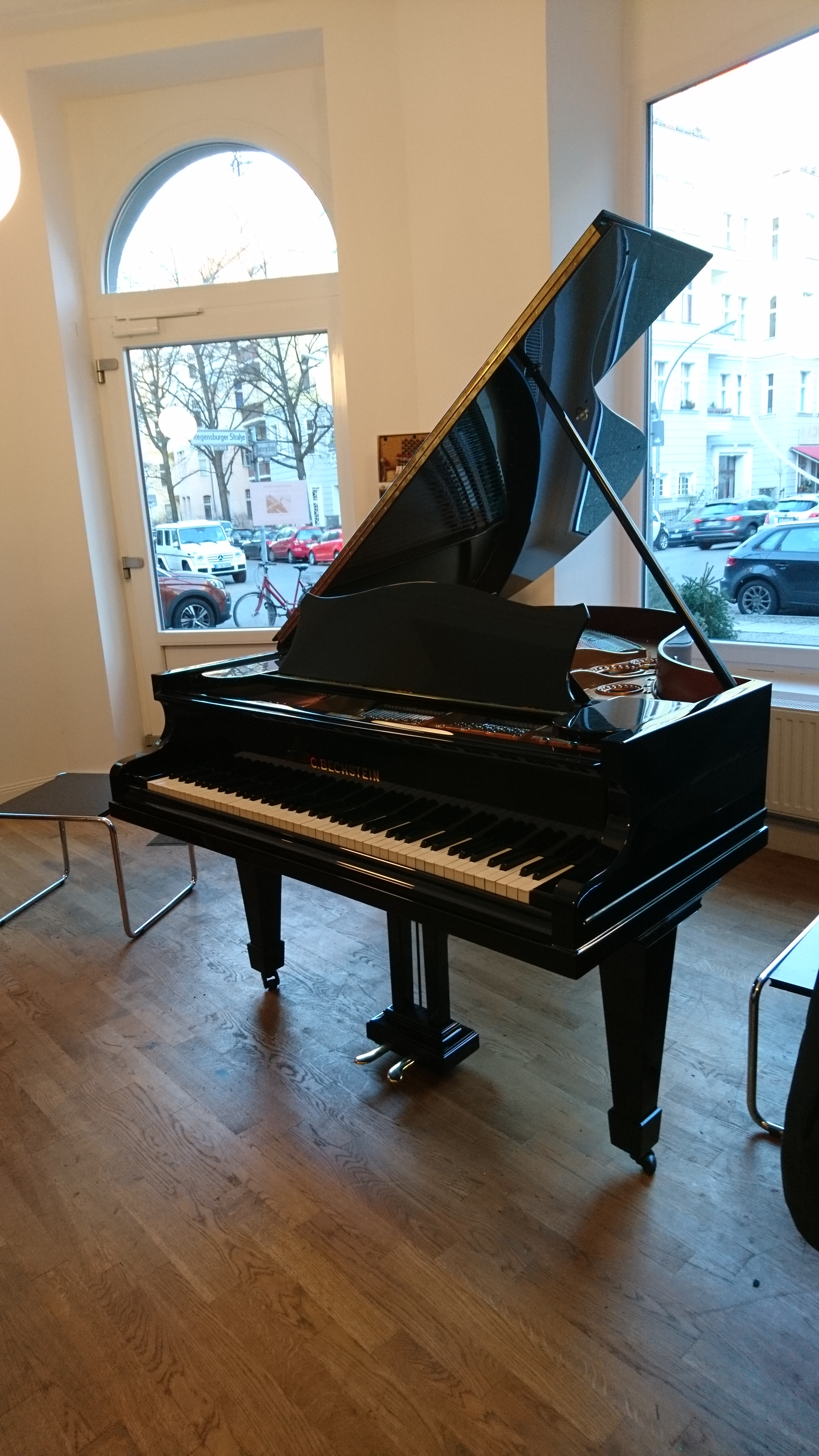 gebrauchte klaviere und fl gel in berlin kaufen classic pianos berlin 030 3453231. Black Bedroom Furniture Sets. Home Design Ideas
