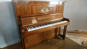 Seiler Klavier