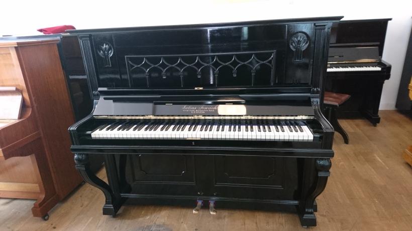 Feurich_piano