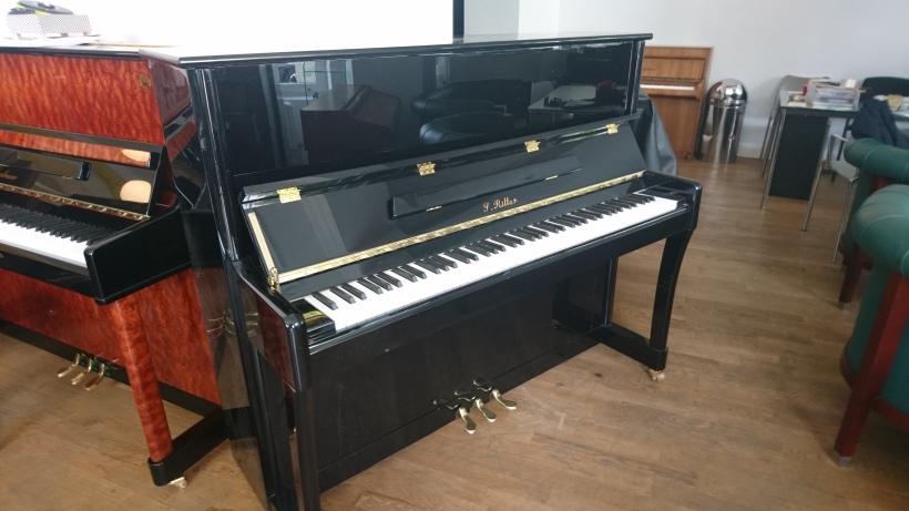 Klavier_ritter-neu
