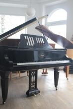 Ibach_piano_grand