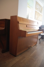 Klavier_aus_der_DDR