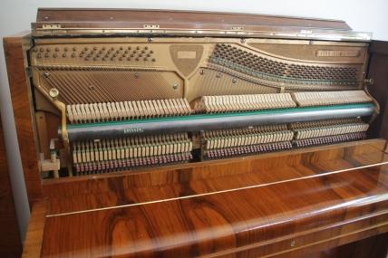 klavier_bauhaus