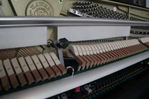 Klavier Kawai in Berlin Kaufen