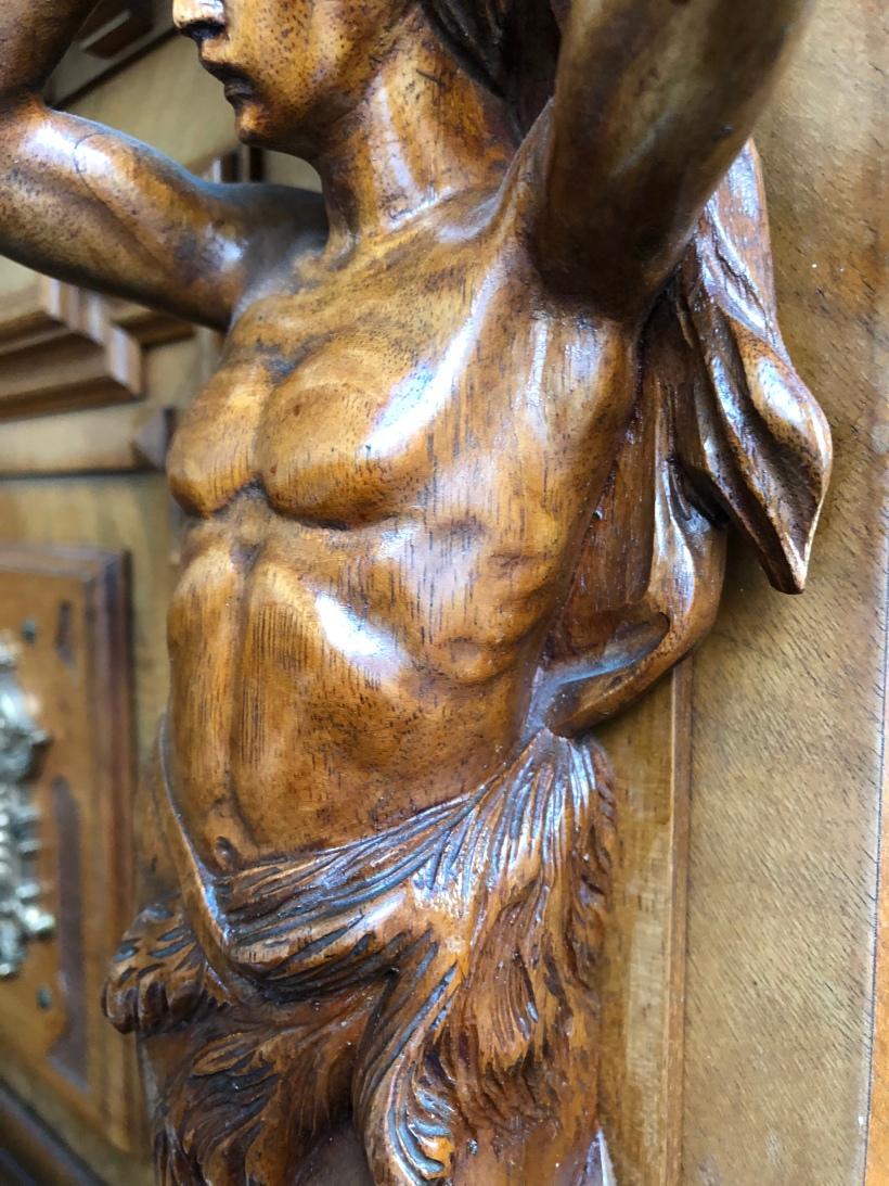 Detail Figur männlich Torso